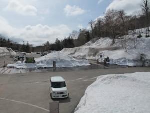 有料駐車場は一回千円となります